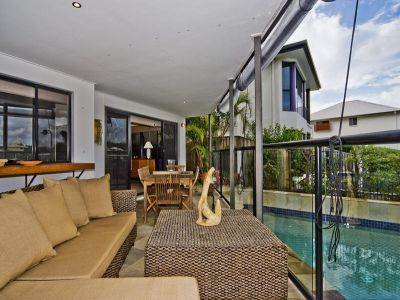 WOW FACTOR  - Designer Water Front Home with Pool