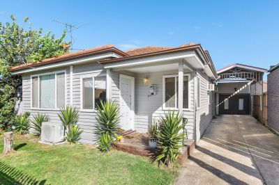 Low Maintenance Living In Premier Locale