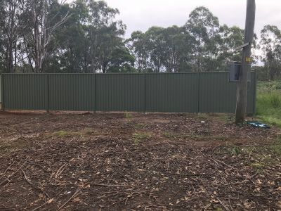 670 m2 VACANT LAND FULLY FENCED.  RU4 zone