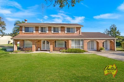 Feel-Good Family Home – Approx. 25 Acres!!!