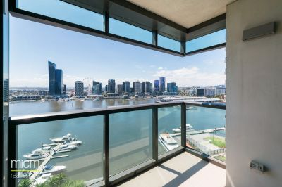 Impressive Waterfront Living in Docklands