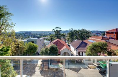 Beautifully Renovated Apartment in the Heart of Bondi Beach