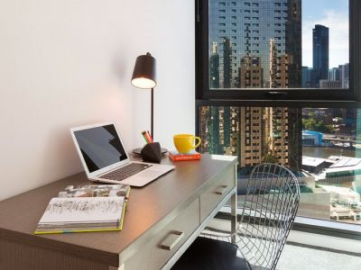 Southbank Grand: 23rd Floor - Spacious Two Bedroom Apartment with Study!