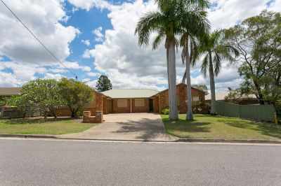 DUAL LIVING OPPORTUNITY, LARGE FAMILY HOME OR INVESTMENT – YOU CHOOSE!