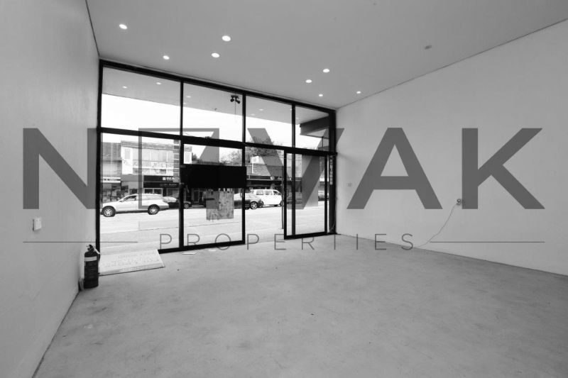 LEASED BY MICHAEL BURGIO 0430 344 700