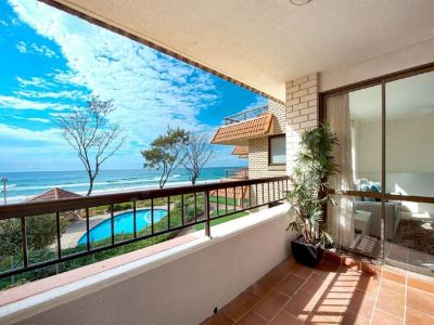Beachfront's Best Value - Panoramic Ocean Views