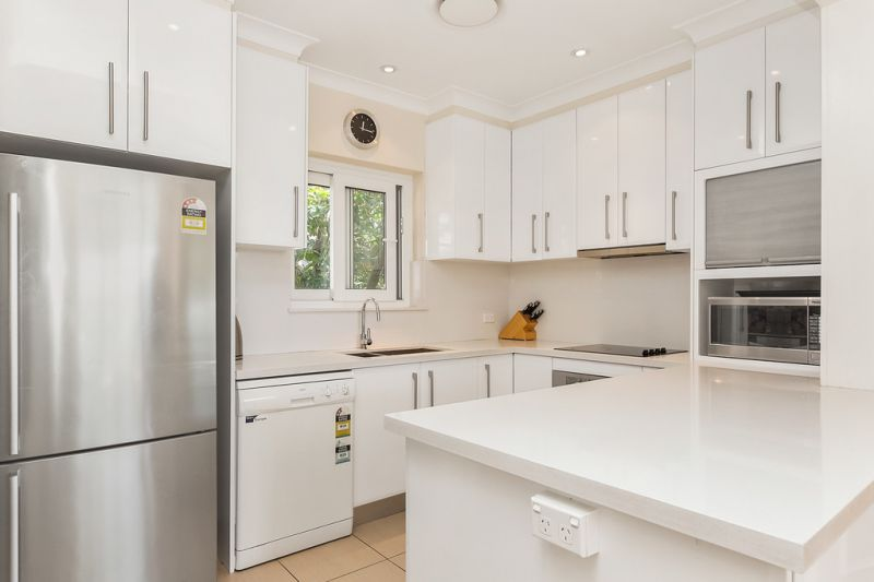 Renovated Penthouse in a Suburb Location - a Short Walk to Bondi Beach!