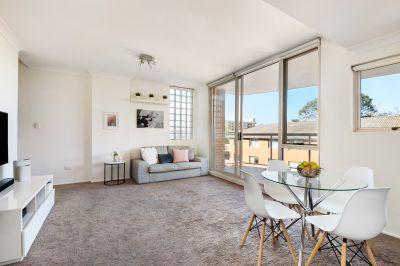 Dual Level Sun filled Bondi Apartment
