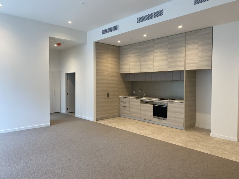 DUAL LEVEL living in premier Mirvac 'Voyager' building