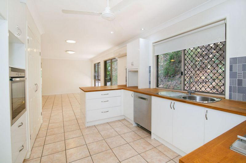 STANDOUT HOME IN PRIVATE BUSHLAND RETREAT
