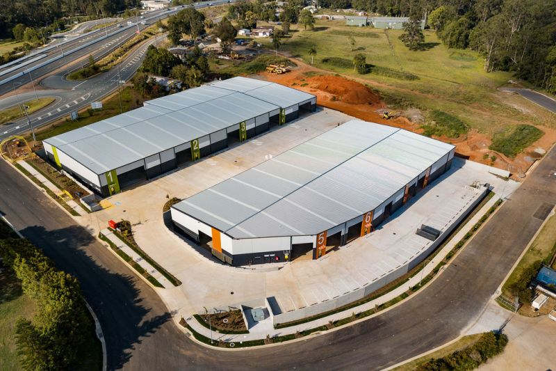 Modern Warehouse Close To The Bruce Highway