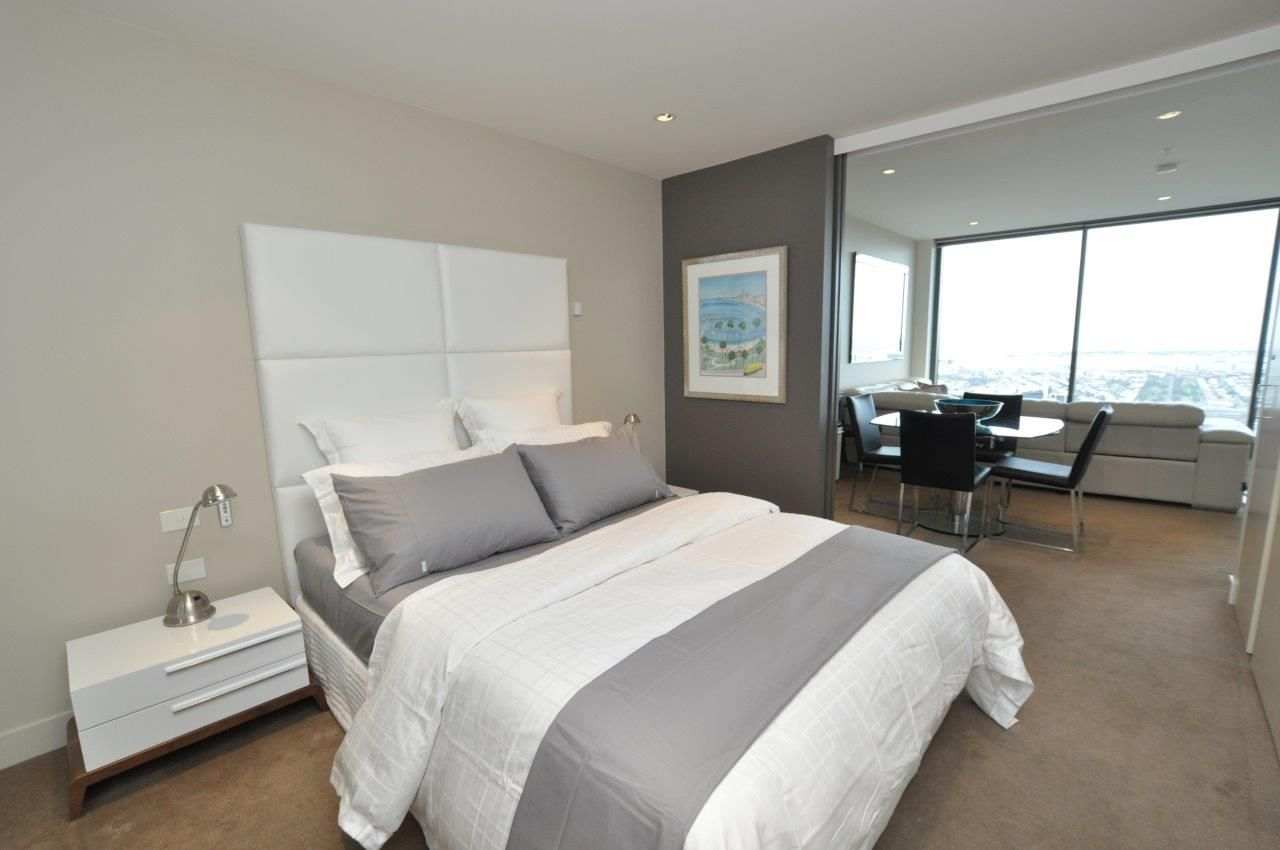 Freshwater Place, FURNISHED - Luxury Southbank Living! L/B
