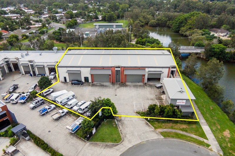 Currumbin Industrial with Gantry Crane