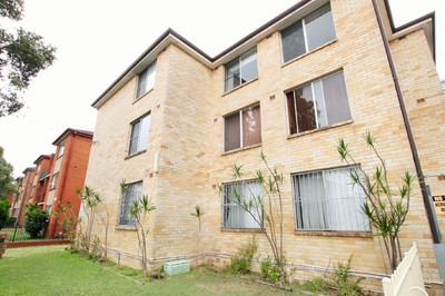 Immaculate Two Bedroom Unit with Undercover Parking