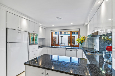 LUXURY - THE BEST IN TOWNHOUSE LIVING