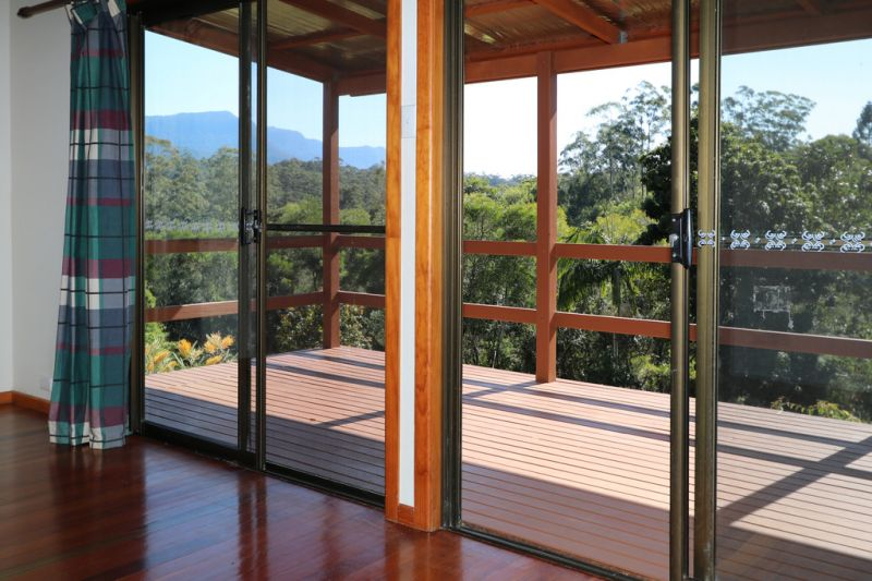 POSITION, POISE & PANORAMIC VIEWS