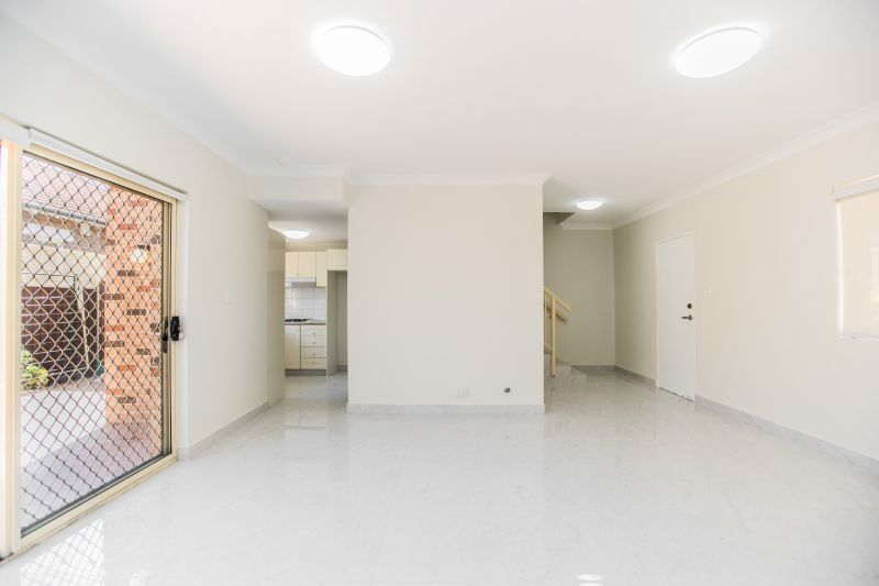Spacious and updated 2 bedroom townhouse