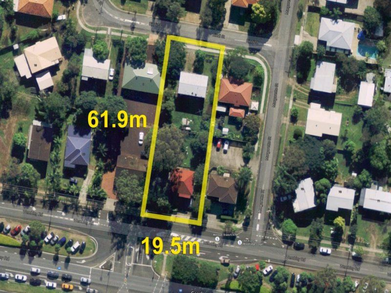 1214m2 * DEVELOPMENT SITE WITH HOLDING INCOME