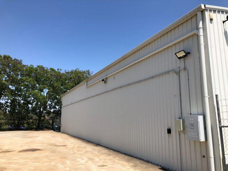 730m2* Display Or Storage Yard On Busy Road