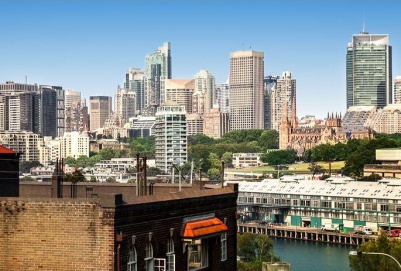 Low Maintenance Apartment With City Skyline Views