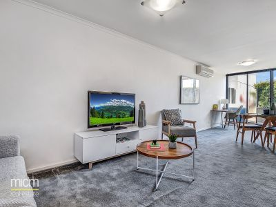 Spacious and Easy Care Market Square Living