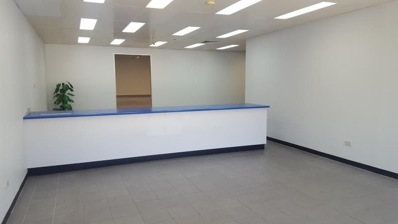 Secure showroom/warehouse facility