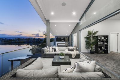 ENVIABLE RIVERFRONT POSITION, EXCEPTIONAL LIFESTYLE HOME