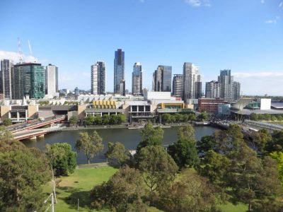 Stunning Southbank and Yarra River Vistas!
