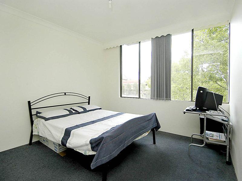 101 Wentworth Rd, Strathfield