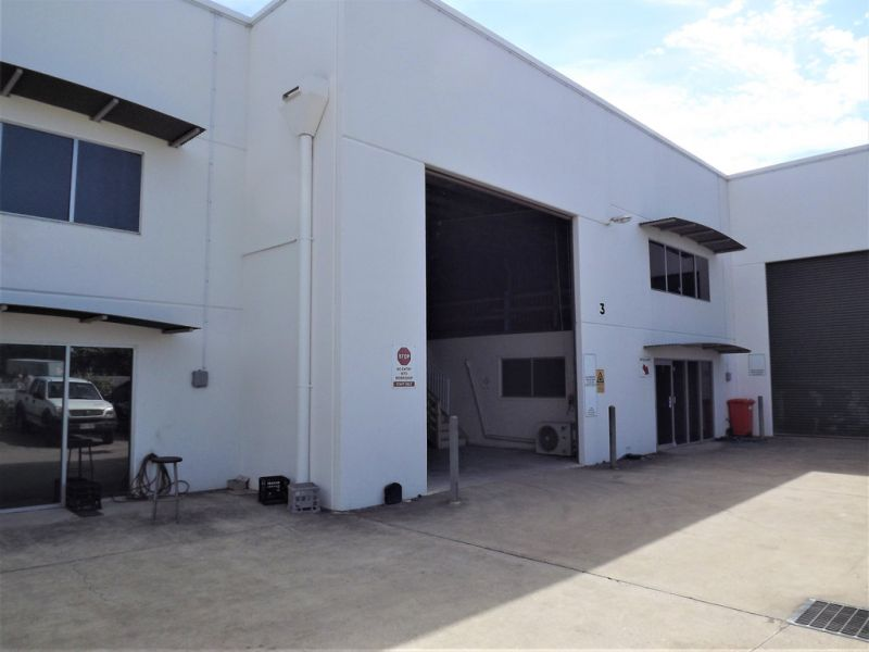 Tilt Panel Industrial Warehouse with Office 487sqm