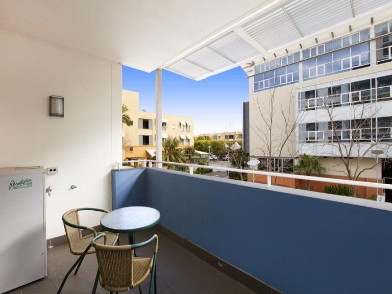 342/2 The Crescent Wentworth Point 2127