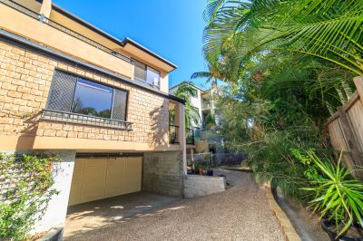 Southport Gem-Tri Level Townhouse