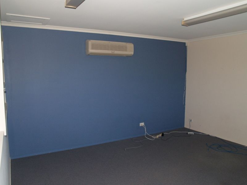 OFFICE SUITE CLOSE TO SUPER CLINIC