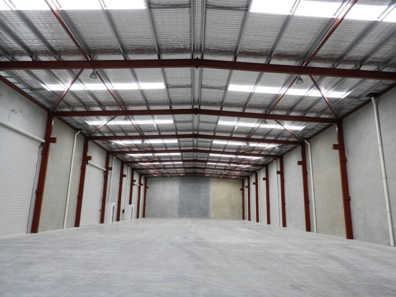 OFFICE / WAREHOUSE – TOP LOCATION & DESIGN