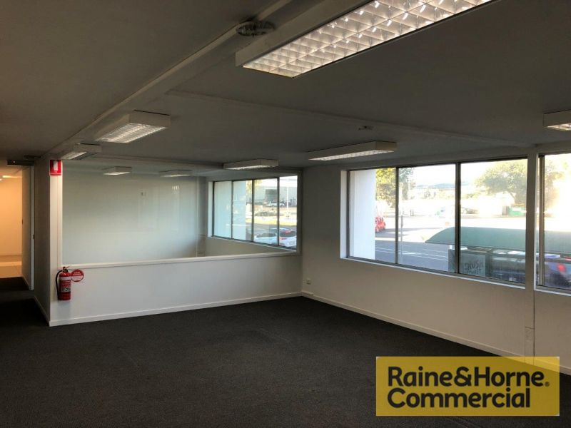 Quality Office on Sherwood Road - Short Term Tenancies Welcome