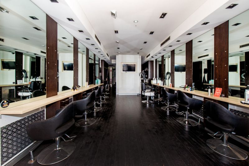 Retail Premises Currently Fitted as a Hairdresser