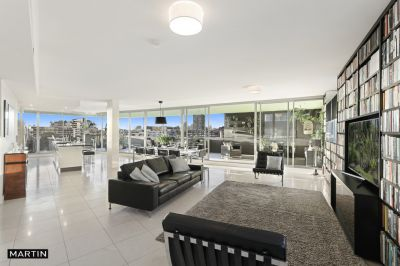 MARTIN - THREE BEDROOM PENTHOUSE