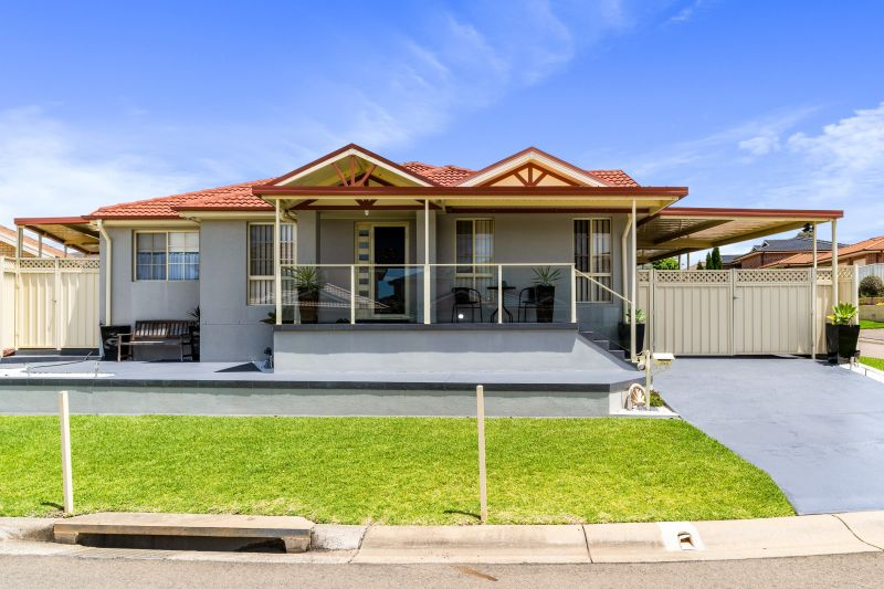 For Sale By Owner: 4 Alt Close, West Hoxton, NSW 2171