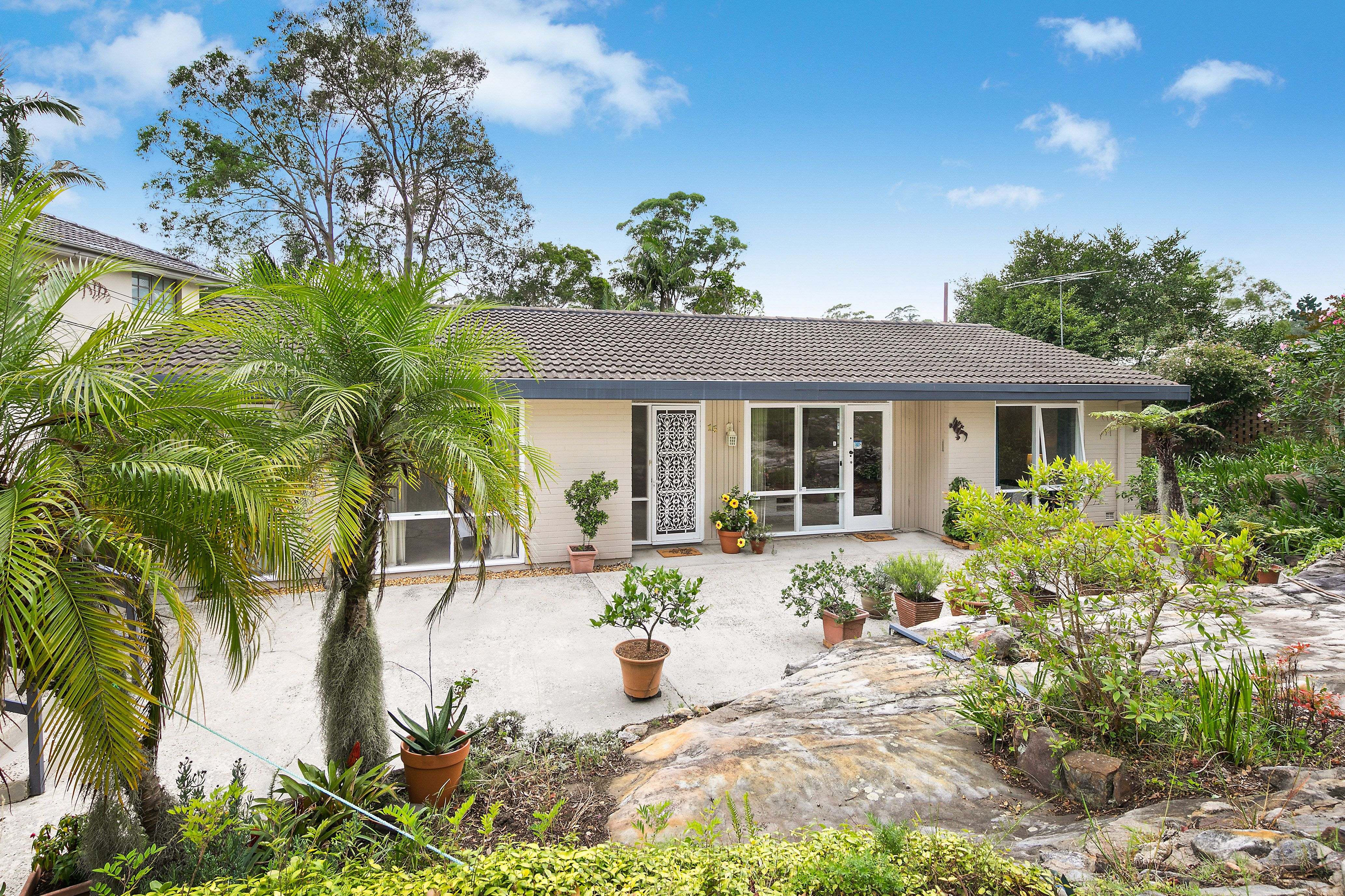 15 Roma Road St Ives 2075