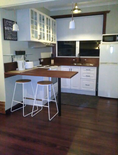 FULLY FURNISHED Self contained Apartment -3/6/12 month lease