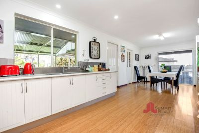 STUNNING RESIDENCE IN DRESS CIRCLE OF BUNBURY