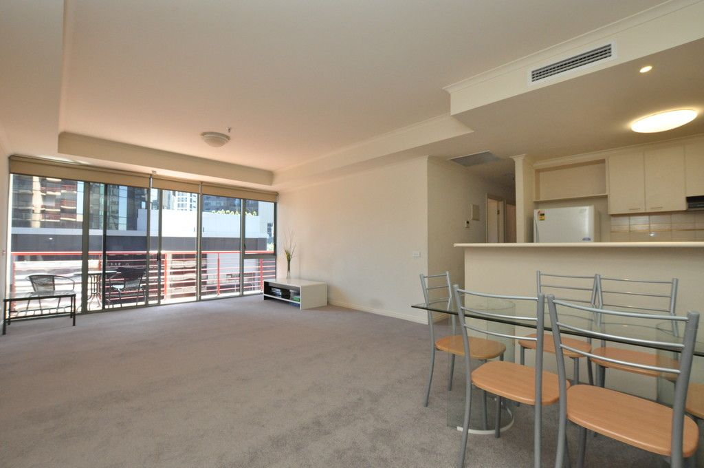 Renovated, Spacious 2 Bedroom Apartment - In The Perfect Location!