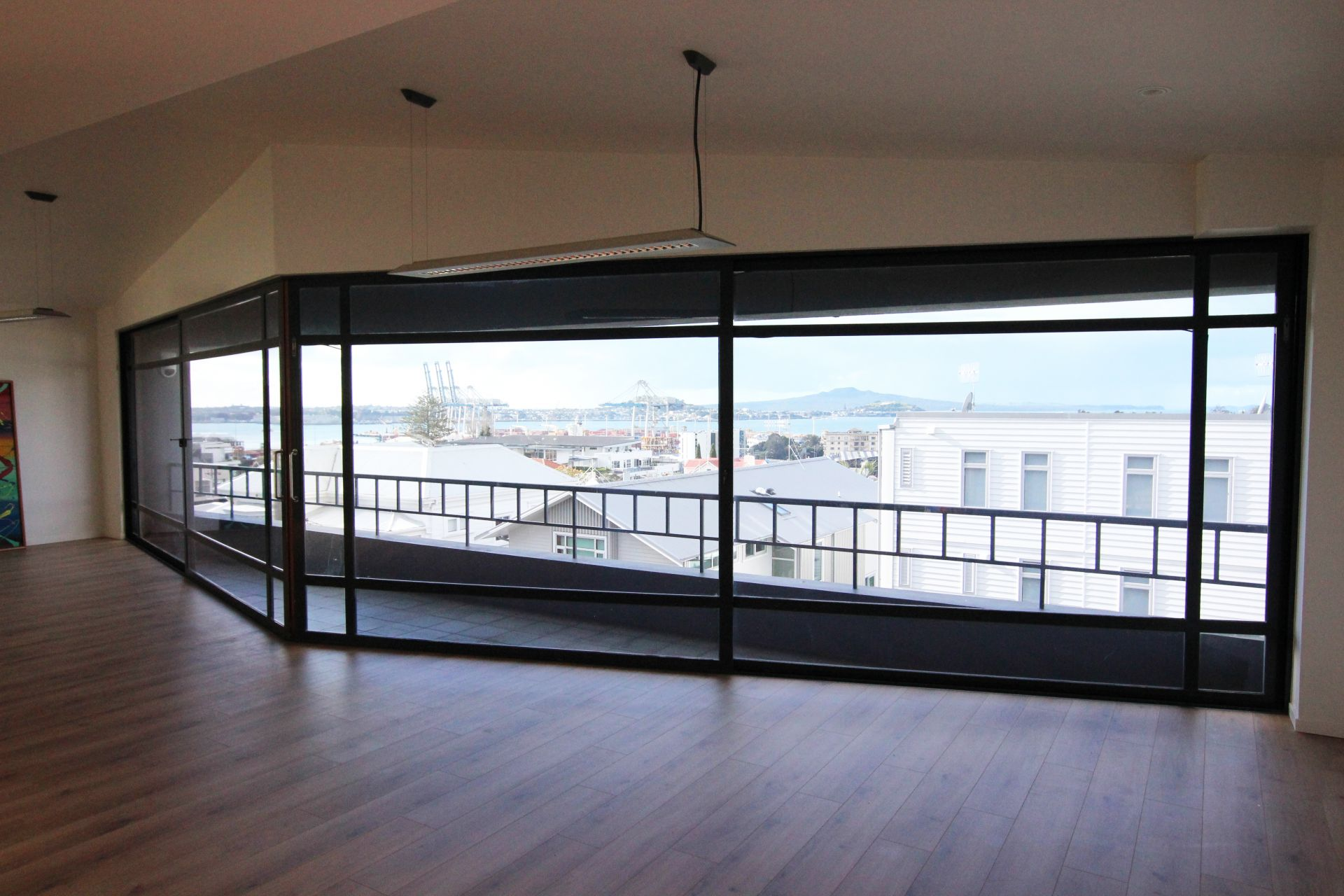 Amazing Harbour Views in Parnell!