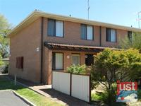 10/4 Braund Street, Bunbury