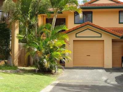 3 BEDROOM TOWNHOUSE - GATED COMPLEX
