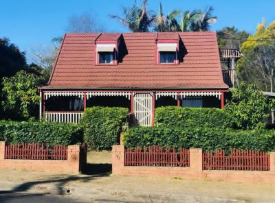 CHARMING COTTAGE WITH RURAL OUTLOOK -WILL BE SOLD!