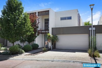 For Health and safety reasons please contact the property manager for a private viewing catie@sweeneyea.com.au