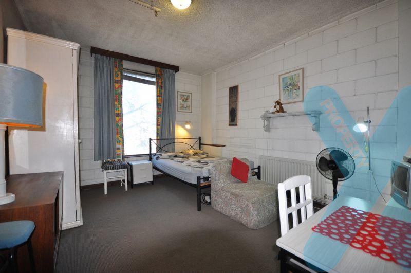 The Perfect Studio over looking Flinders Street!