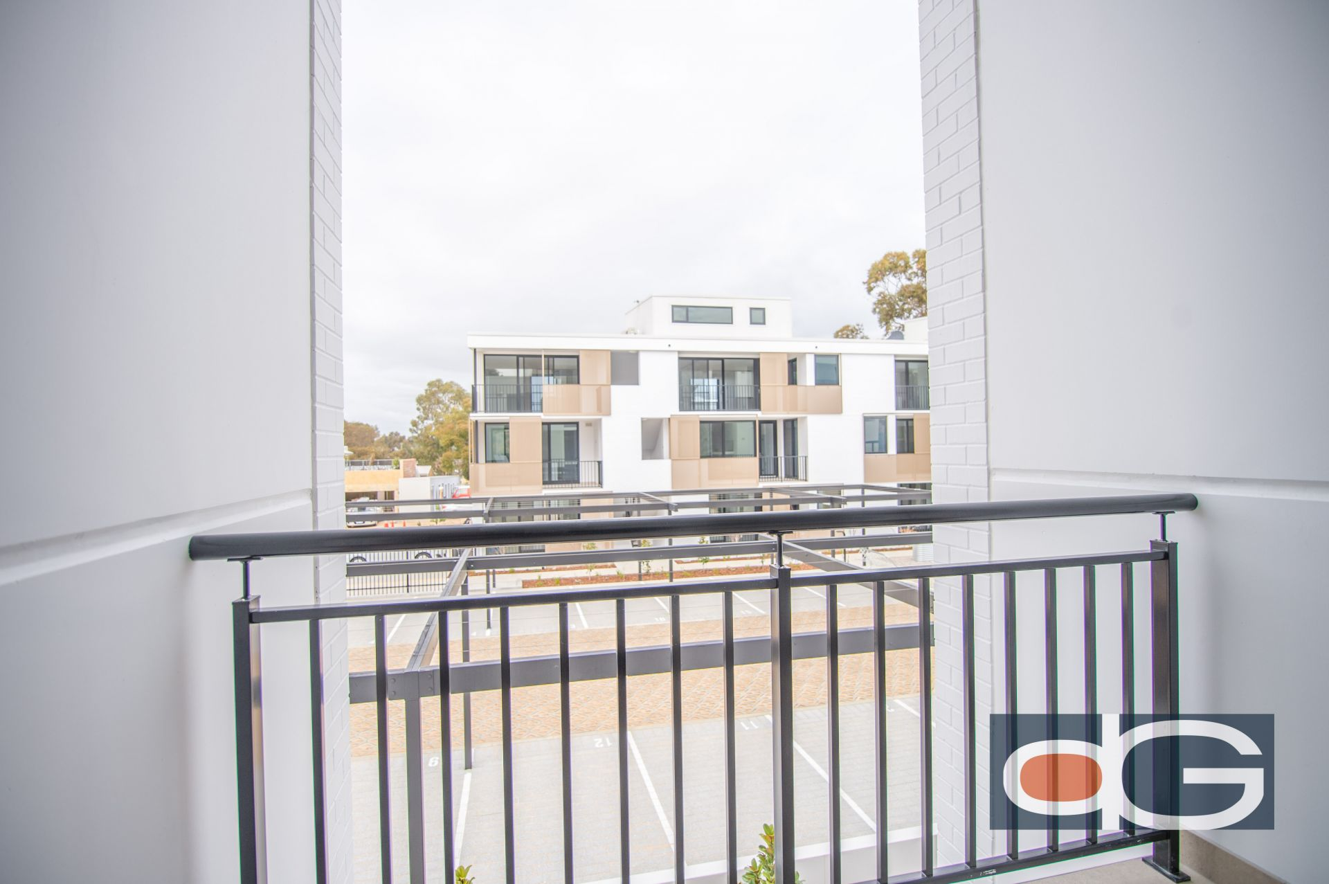 12/2 Beazley Way, White Gum Valley