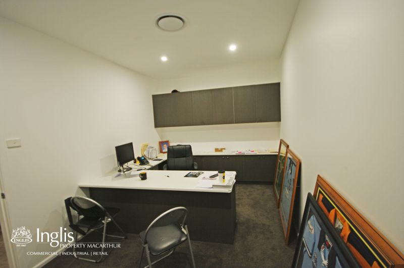 400SQM APPROX. OF BEAUTIFULLY PRESENTED SHOWROOM/OFFICE AVAILABLE